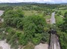 Vía al Caldero a la altura del puente sobre el río Orito